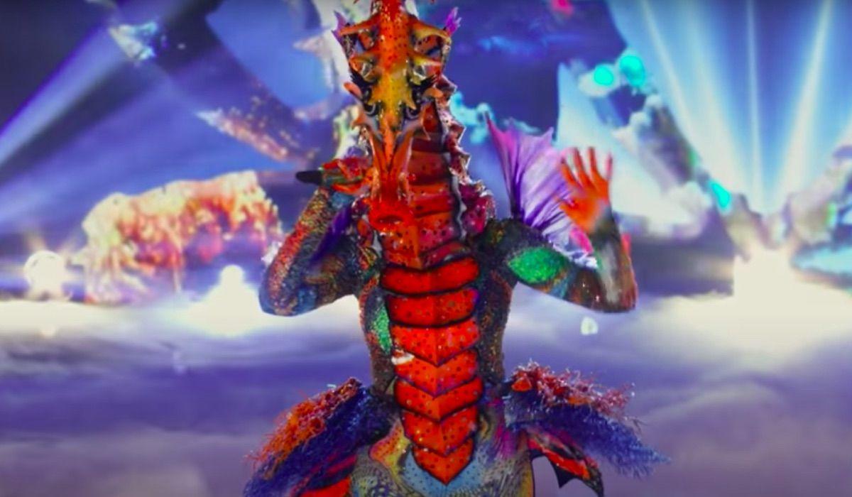 Fännid ütlevad, et maskiga laulja merihobu on üks neist popstaaridest
